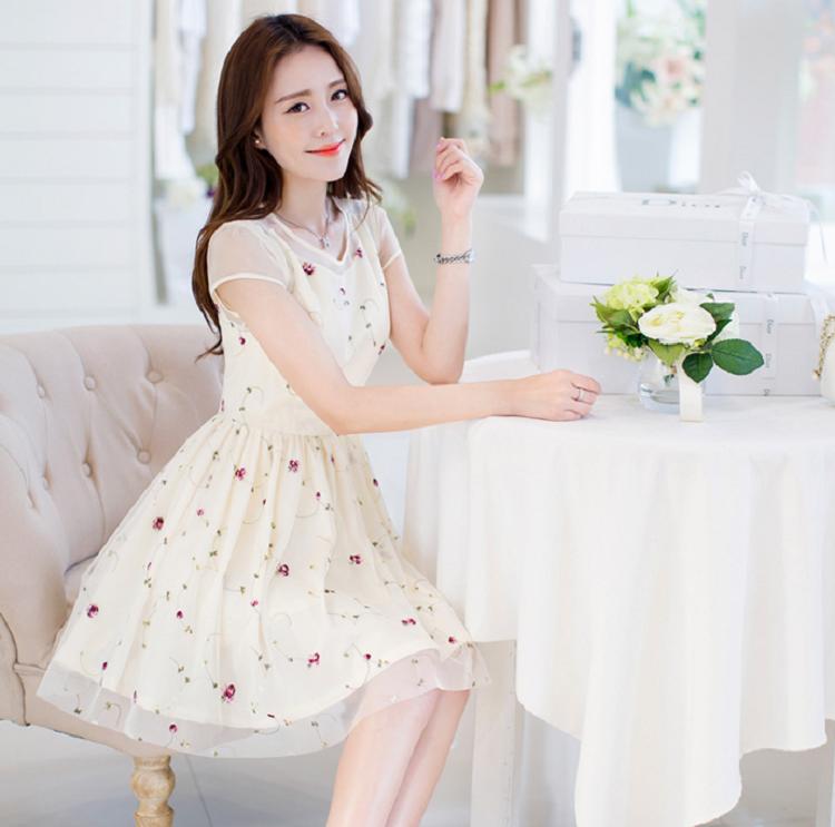 Chọn váy cho người gầy, Top 10+ mẫu không thể bỏ qua