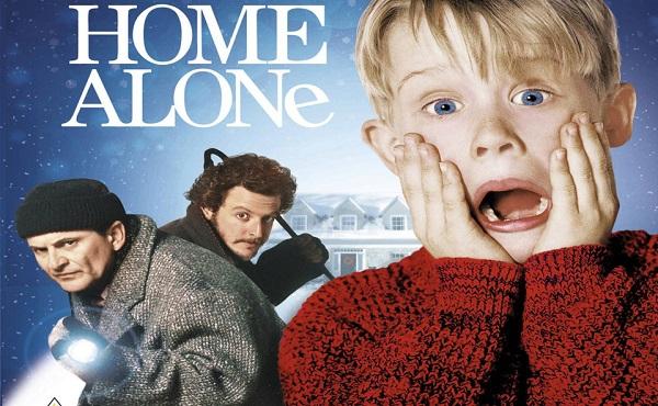 Ở nhà một mình