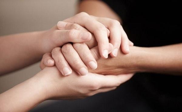 Giúp đỡ mọi người mỗi khi có thể