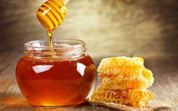 Mật ong trong thực đơn chống lão hóa da