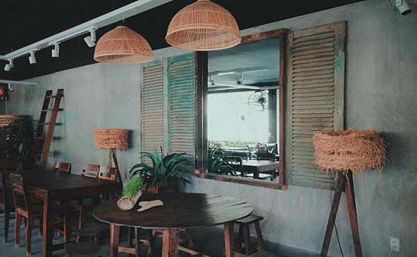 Năm Mười Mười Lăm – quán cafe phong cách cổ điển ở Sài Gòn