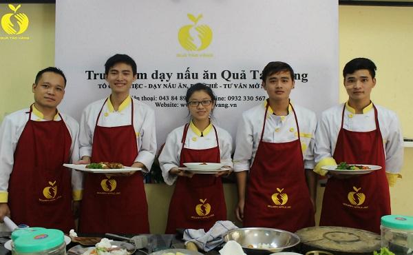 Công ty cổ phần đào tạo dịch vụ khách sạn nhà hàng Quả Táo Vàng