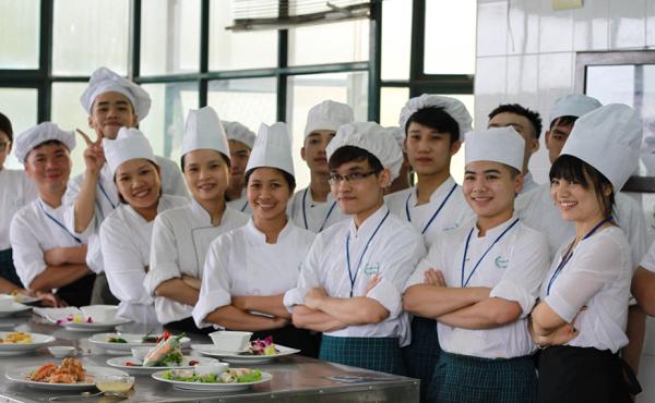 Trường Trung cấp nghề nấu ăn và nghiệp vụ khách sạn Hà Nội