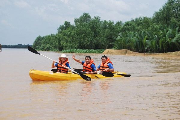 Chèo thuyền kayak, lướt ván và lướt phao