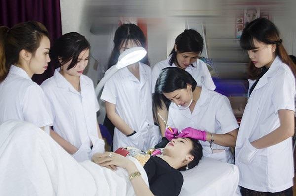 trường học phun xăm thẩm mỹ uy tín tại Hồ Chí Minh