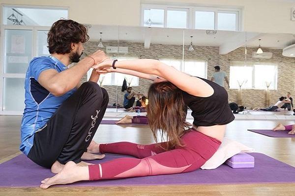 trung tâm dạy tập yoga ở Hà Nội nào tốt